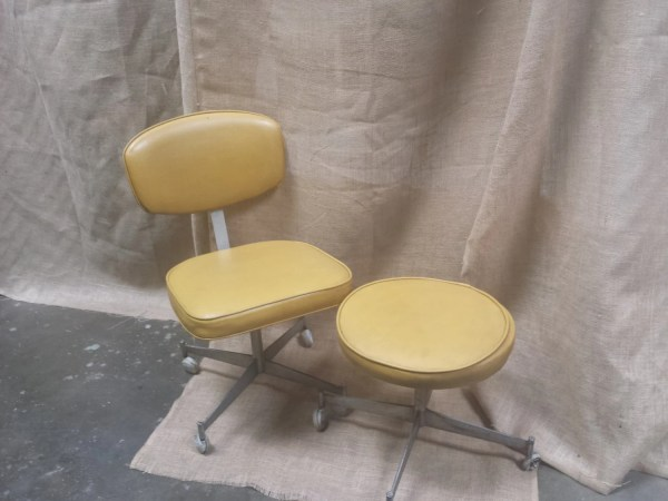 70 Cool Funky Modern Rolling Chair And Ottoman