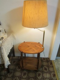 vintage solid oak end table lamp combo