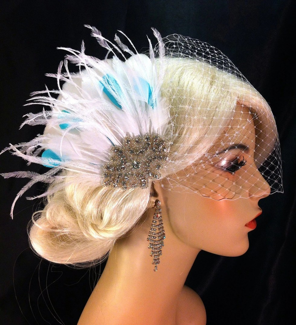 Fascinator, Wedding Hair clip, White or Ivory Fascinator with Something Blue, Bridal Fascinator, Bridal Hair clip, Bridal Veil