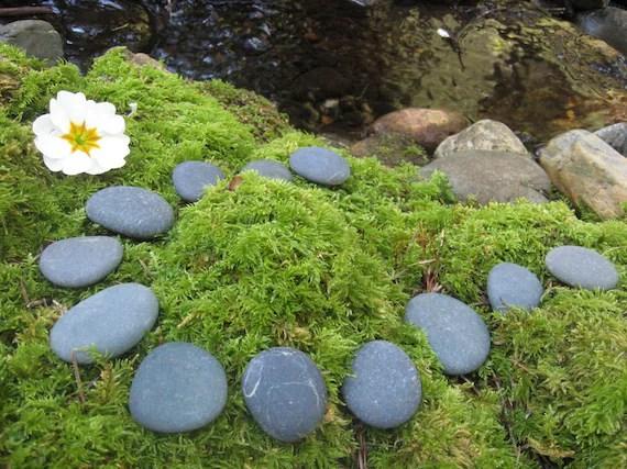 smooth flat river rocks