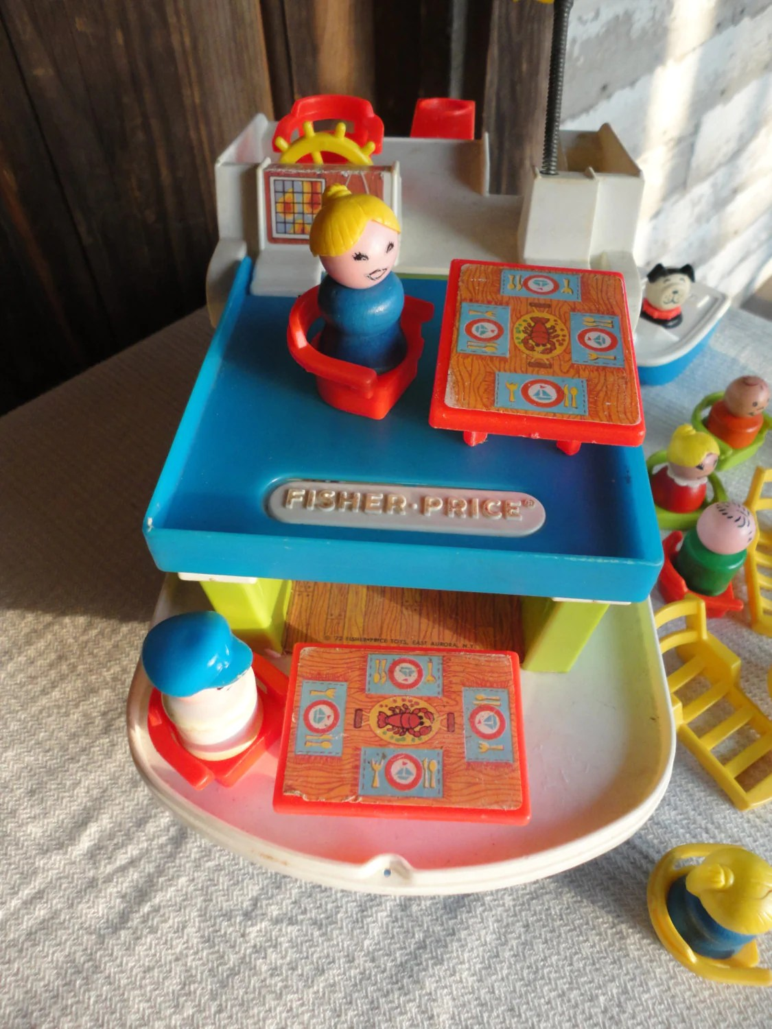Fisher Price Table And Chairs Vintage Fisher Price Happy Houseboat With The People Chairs