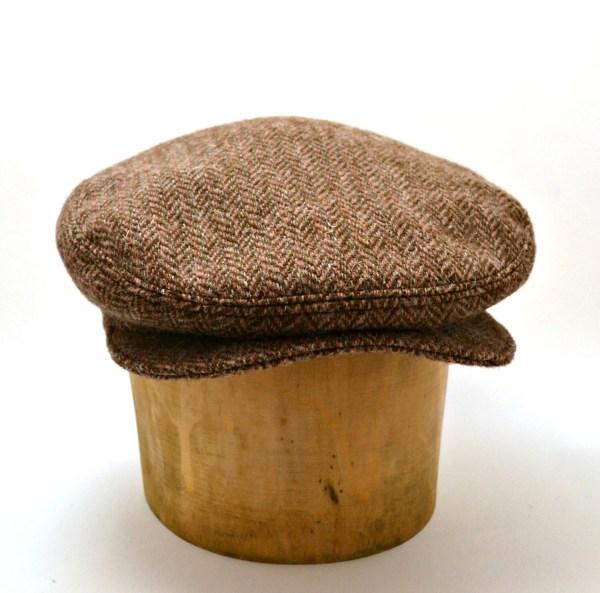 Men' Driving Cap In Vintage Harris Tweed