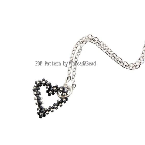 Bead Pattern: Peyote Heart Bracelet