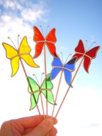 Butterfly Decorations: Plant Pot Flowers Vases by mairidesign