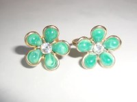 Vintage Coro Green Flower Clip Earrings with by ...