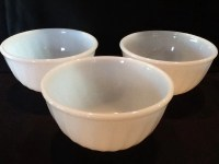 Vintage 3 Fire King Mixing Bowls Set of 3 by AntiquesByGranny