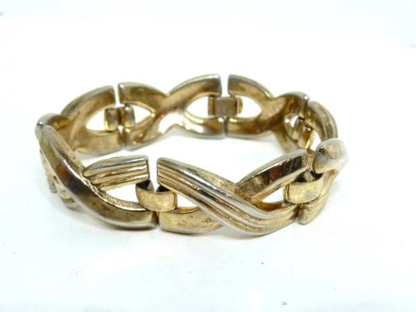 Vintage 1940s Trifari Bracelet Crown Des Pat Pend Gold Tone