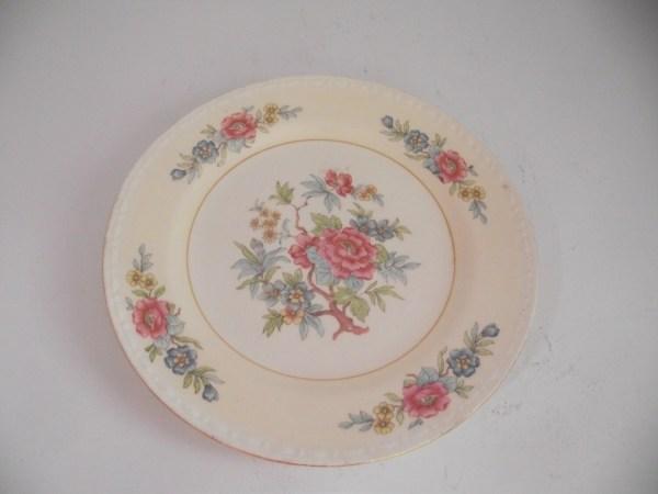 Homer Laughlin Eggshell Georgian Plate Jodiannscupboard