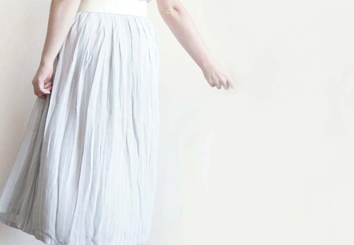 Vintage long striped skirt in gray and white, maxi striped skirt - plot