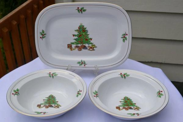 Christmas Dinnerware Serving Set3 Piece