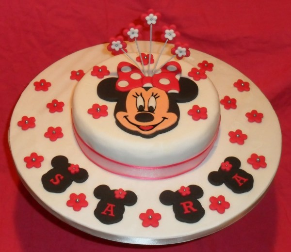 Handmade Edible Personalised Minnie Mouse Cake Topper Set