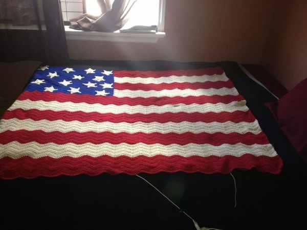 American Flag Chevron Throw Blanket