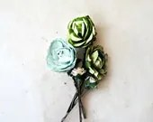 Olive and Mint Green Paper Flower Bobby Pins Set of 5. Muted Spring Green Floral Rose Hair Pins. Rustic Woodland Flower Hair Accesories. - PiggleAndPop