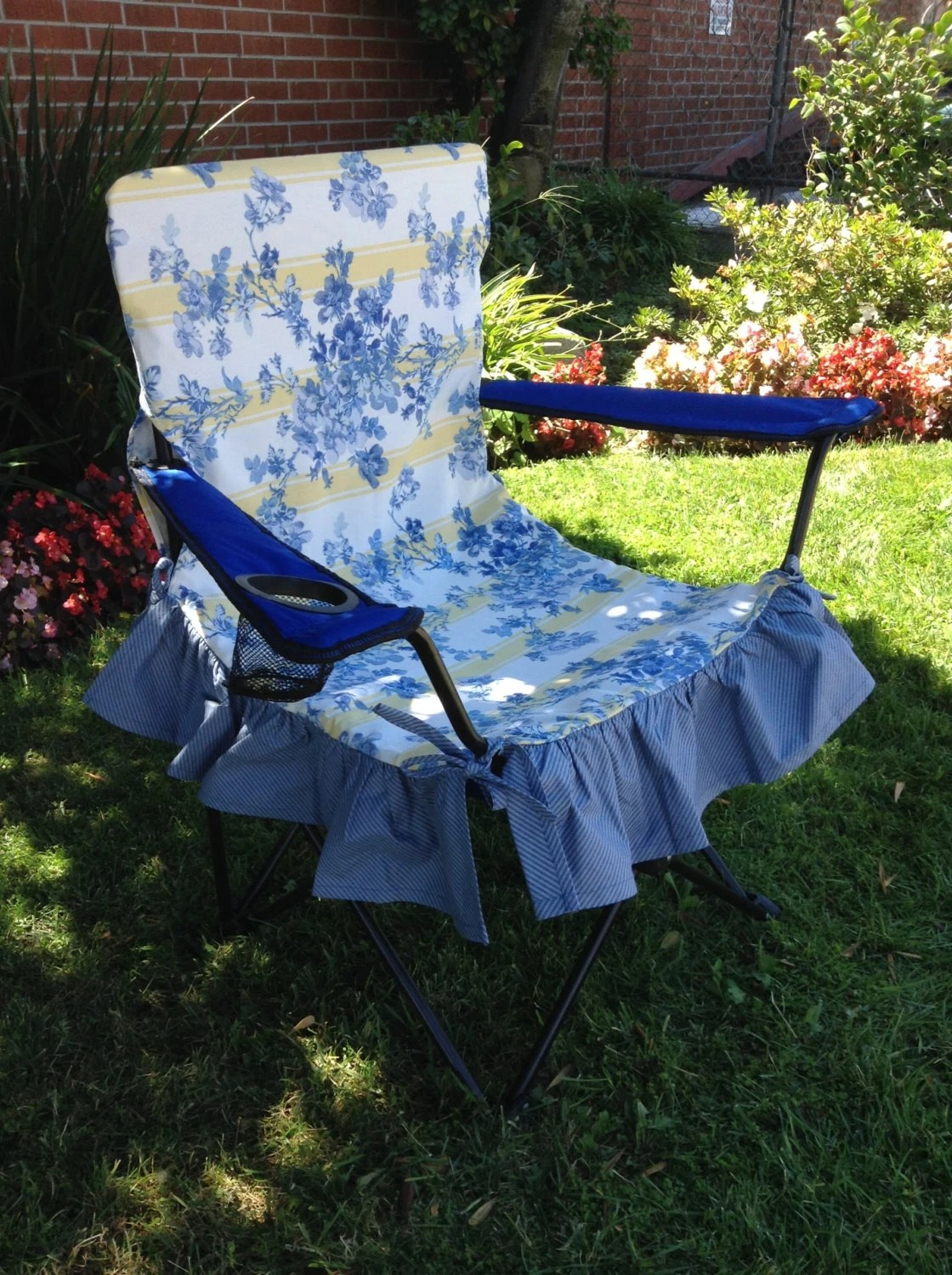 blue folding chair covers wooden church chairs uk and yellow print glamping cover glamorous camping