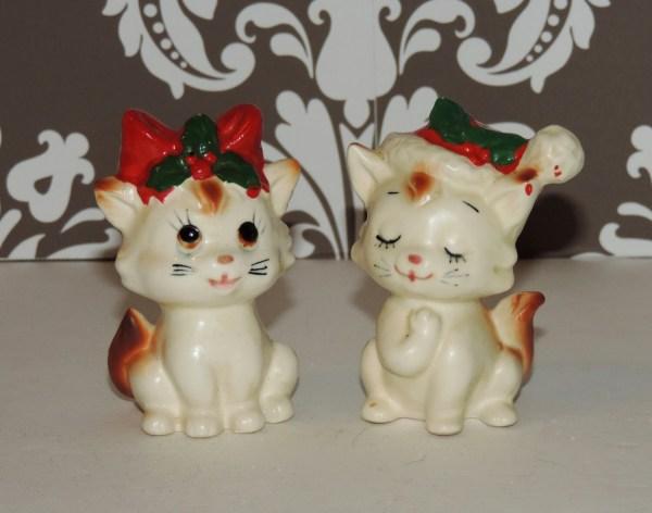 Vintage Lefton Figurine Christmas Kittens Salt And