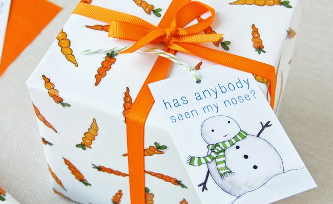 Christmas Carrot Wrapping Paper Set Festive Gift Wrap