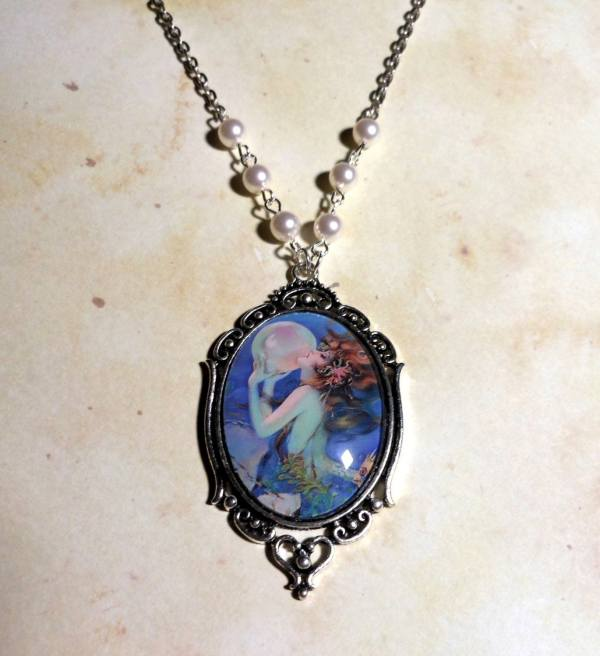 Mermaid' Promise Necklace Beautiful Vintage Mermaid