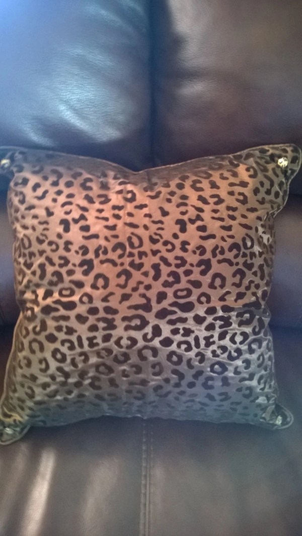 16 X Flocked Leopard Print Decorative Pillows