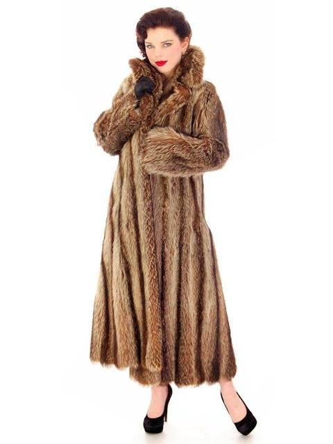 Sale Luxury Vintage Dior Fur Coat / Designer 1970s Raccoon Fur Coat