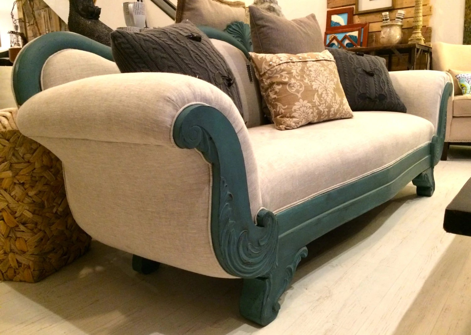 a sofa in the forties cama estilo ingles upcycled 1940 39s vintage victorian by reclaimhumanity