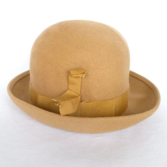 VINTAGE CAMEL Hair HAT /Vintage Jacki ladies hat by orangedoorvintage