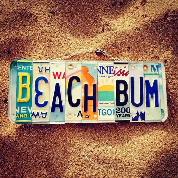 Beach Bum License Plate Art In Hawaii. Decor