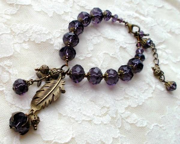 Bracelet. Purple Crystal Czech