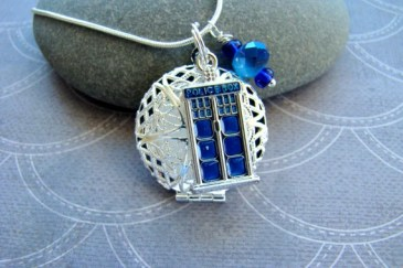tardis essential oil pendant