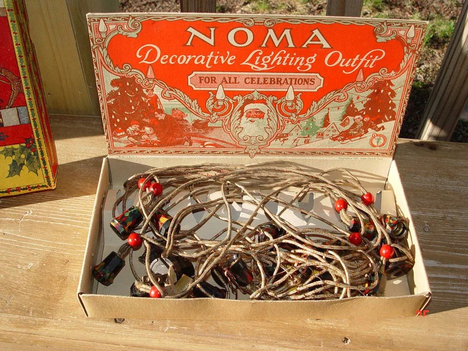 Vintage 1927 NOMA Mazda Lamps Christmas Tree Lights in Near