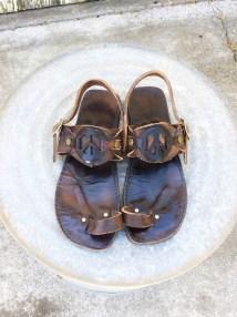 70s Leather Hippie Sandals Peace Sign Tire Tread Soles Sz 12