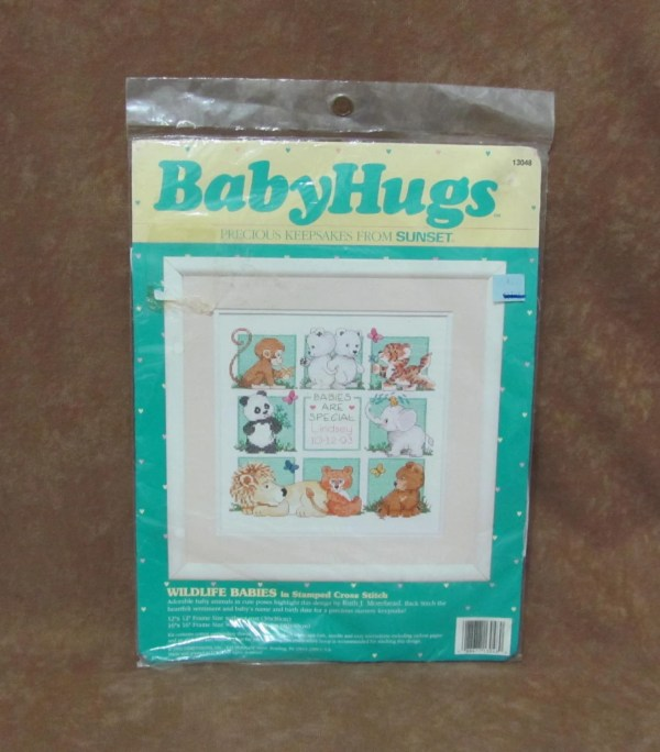 Vintage Sunset Baby Hugs Stamped Embroidery Cross Stitch