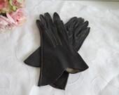 Vintage Black Leather Glo...