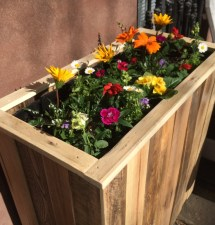 Reclaimed Pallet Wood Planter Box Streetwood
