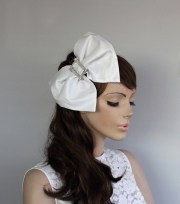 big bow bridal hair fascinator