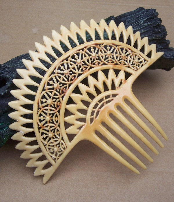 Vintage Hair Comb French Ivory Spanish Accessory