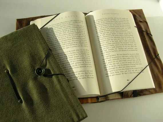 Handsfree trade size book cover large book holder green