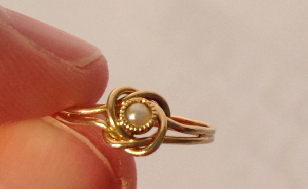 Antique Gold Pearl Ring