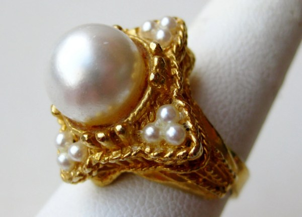 Vintage Ring Gold Large Faux Pearl Costume Jewelry Cocktail