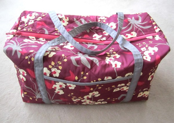 Large Quilted Duffle Bag Red Floral Overnighter Isewtotes