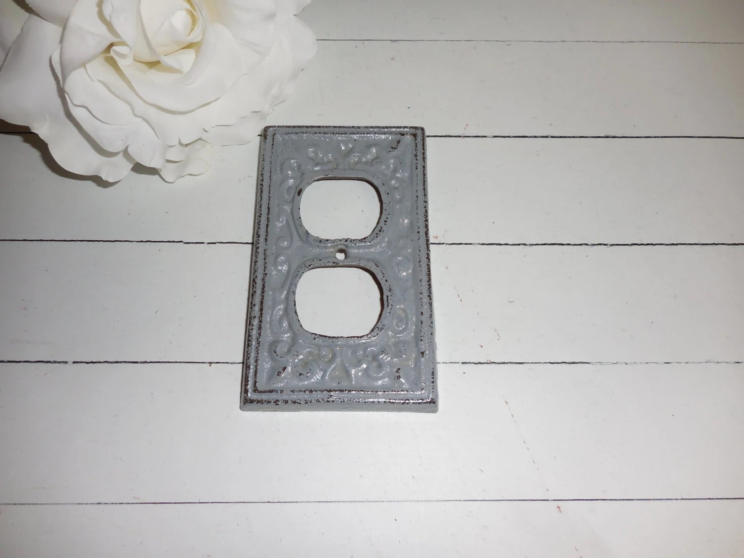 GRAY Decorative Cast Iron-Outlet Cover Fleur De Lis Shabby