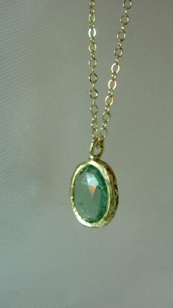 Karat Soild Yellow Gold Necklace Set Natural Green Oval