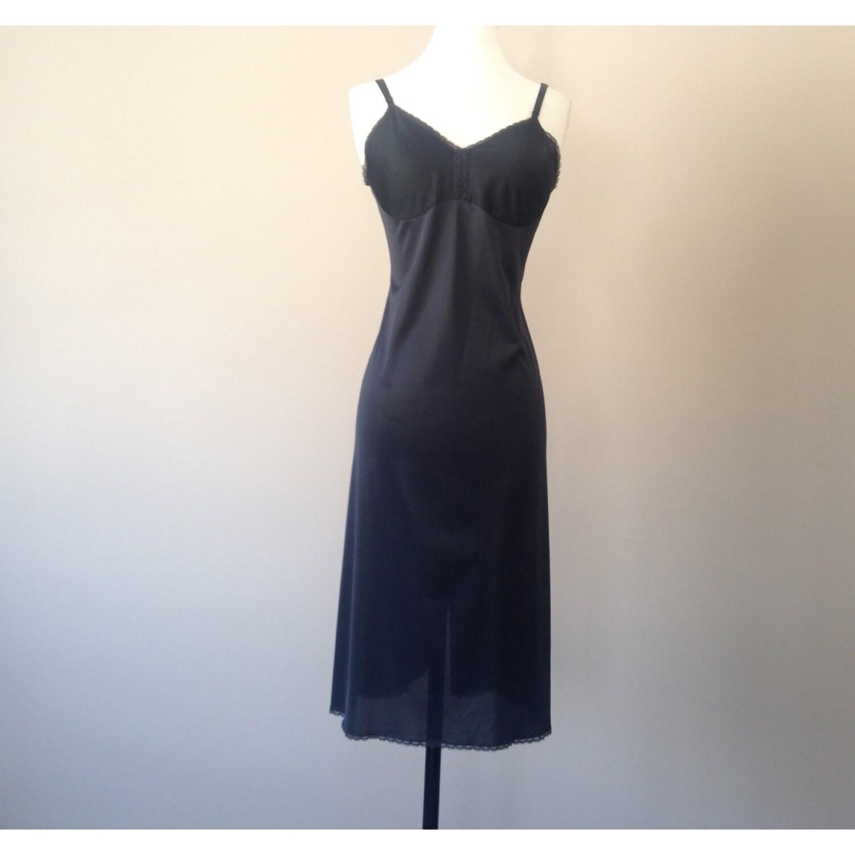 38 / Vanity Fair Full Slip / Dress / Black Nylon With Lace /