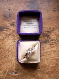 Items similar to Vintage Deep Purple Velvet Ring Box ...