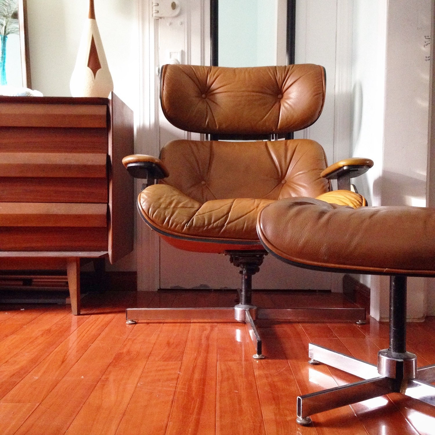 Mid Century Chair And Ottoman Mid Century Modern Brown Leather Lounge Chair And Ottoman By