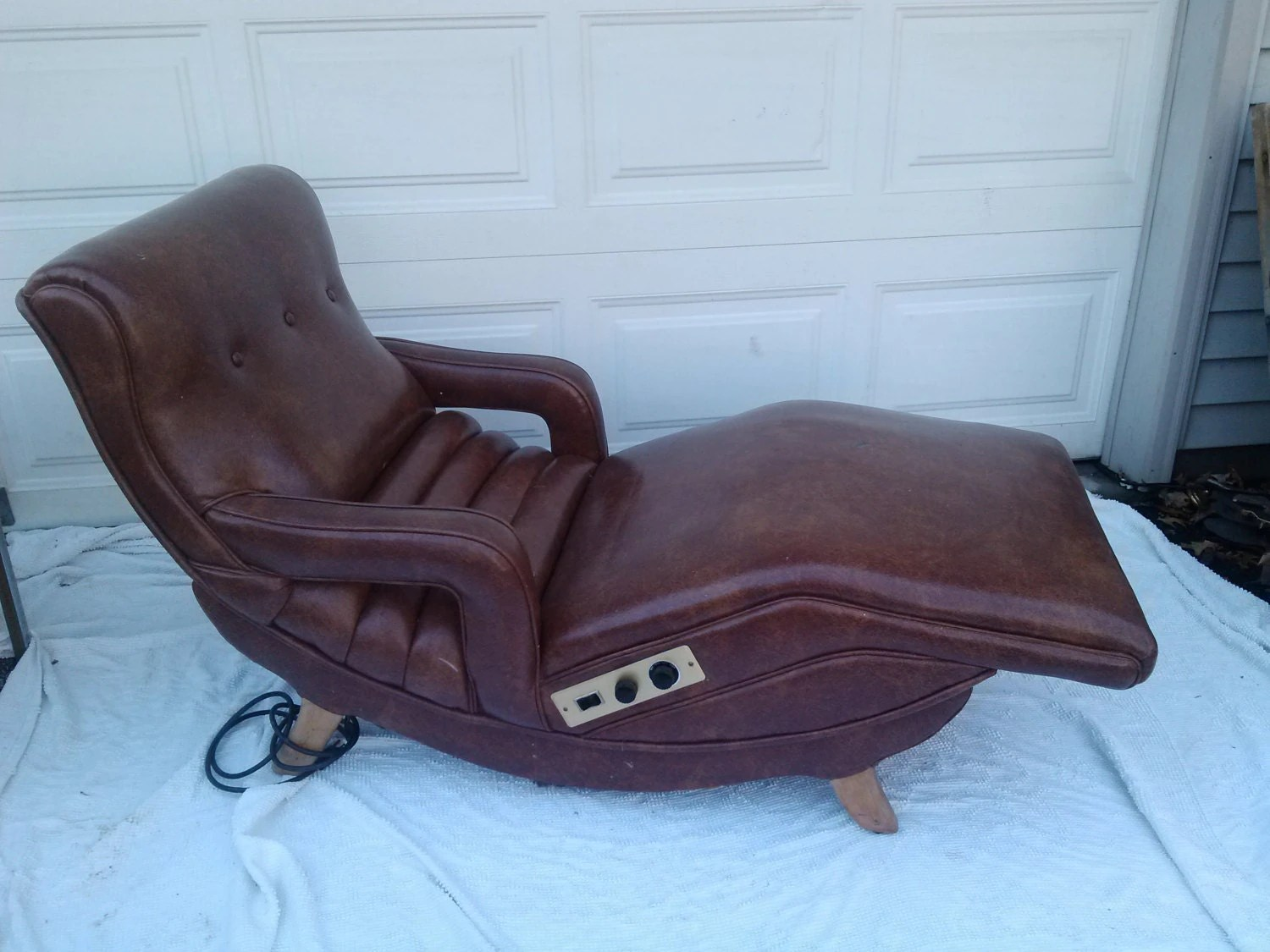 Contour Chair Lounge Vintage Mid Century Original Contour Vibrating Lounge Chair 1960s