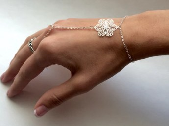 This is one of the best jewellery trends you need!