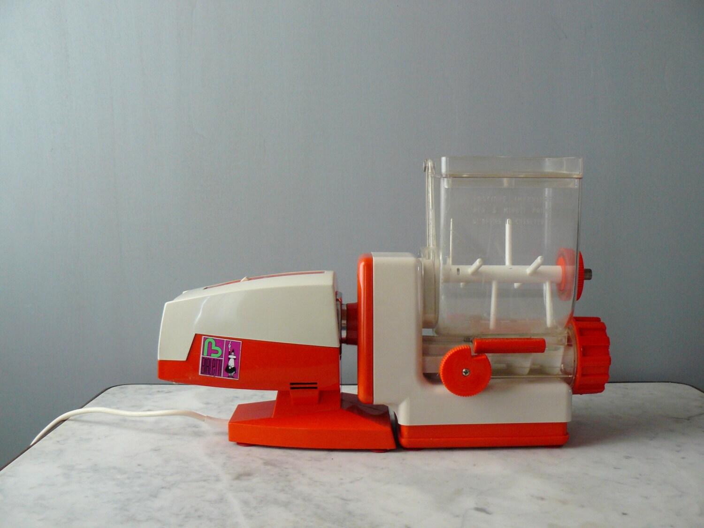Macchina per pasta elettrica bialetti  Tovaglioli di carta