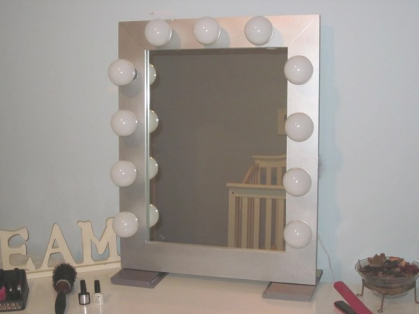 Hollywood Style Lighted Vanity Mirror Lightedimpressions