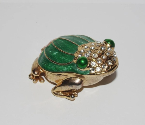 Trinket Box Frog Magnetic Jeweled
