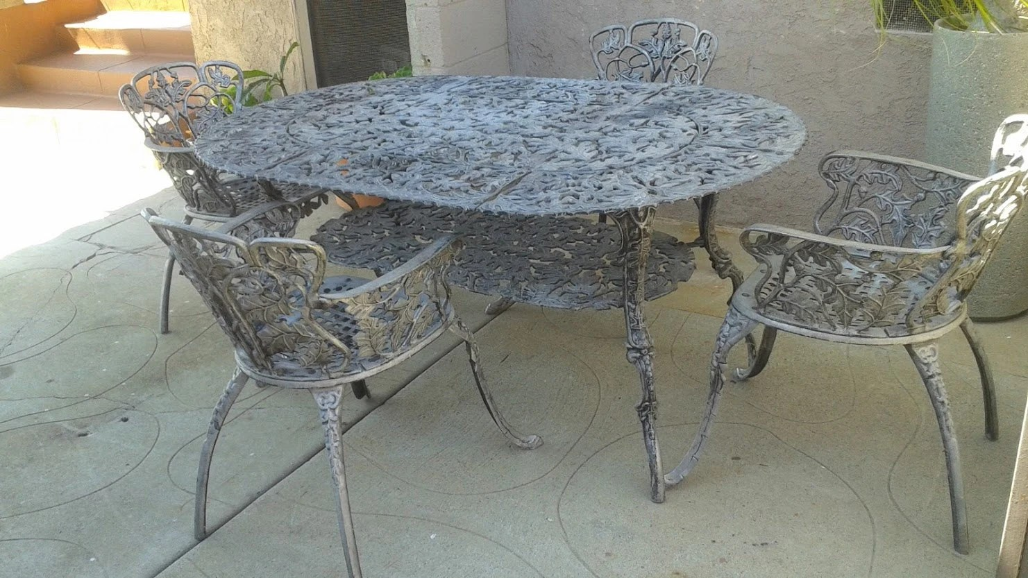 Heavy Cast Aluminum Outdoor Table Chairs Set